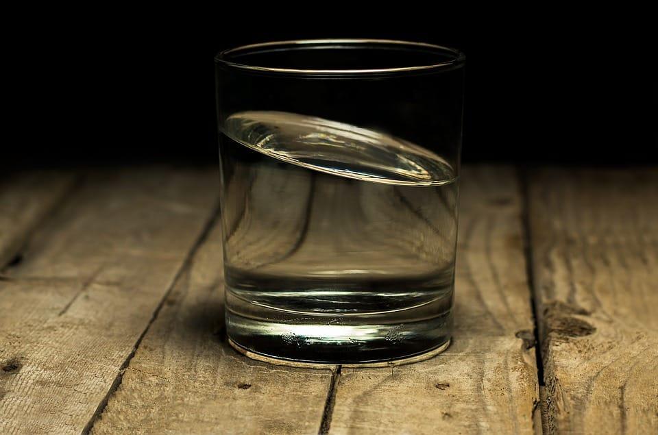 Ini 7 Khasiat Minum Air Putih Hangat Di Pagi Hari Nomor 6 Bikin Kamu Tercengang Klik Health